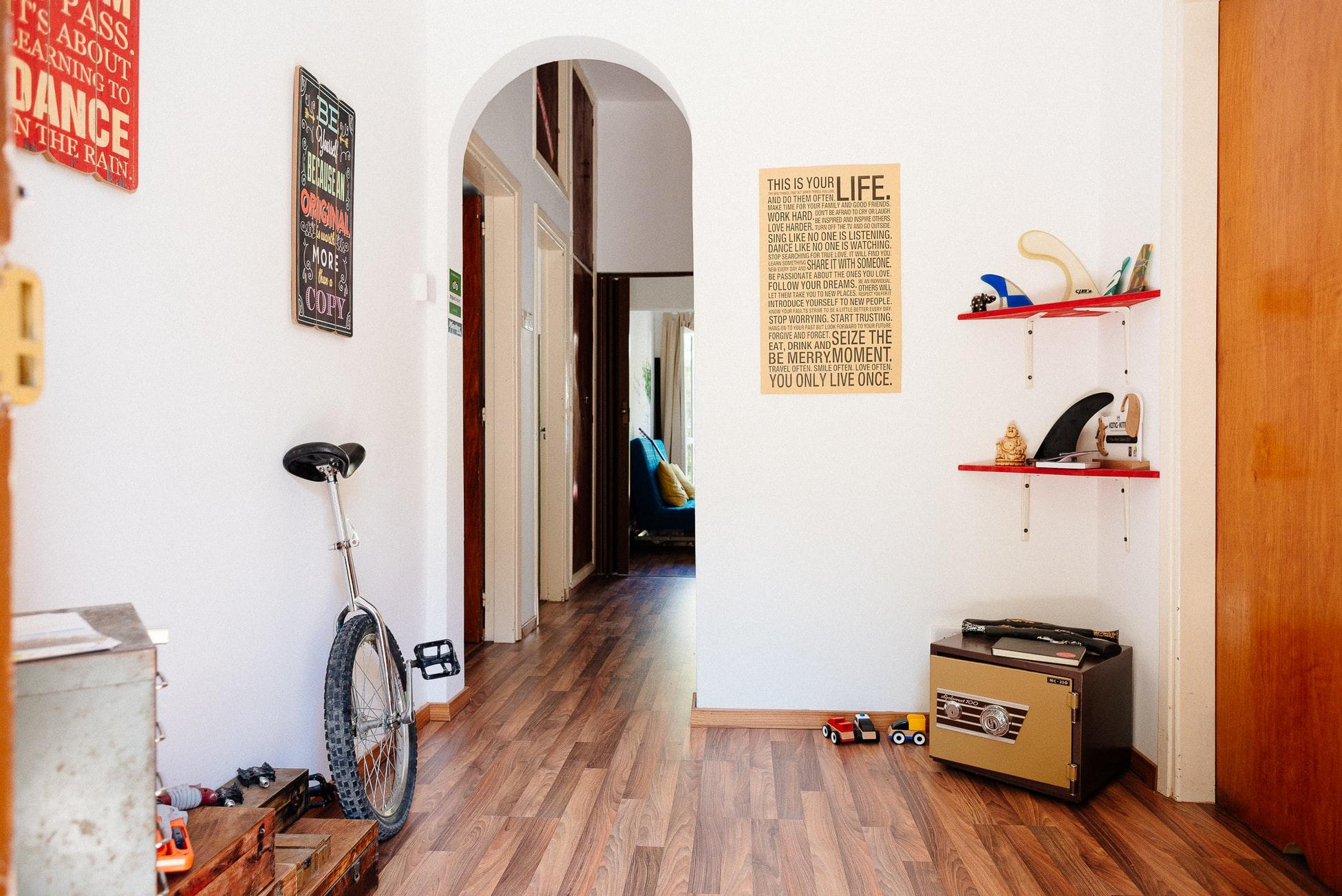 Do hardwood floors make your house colder