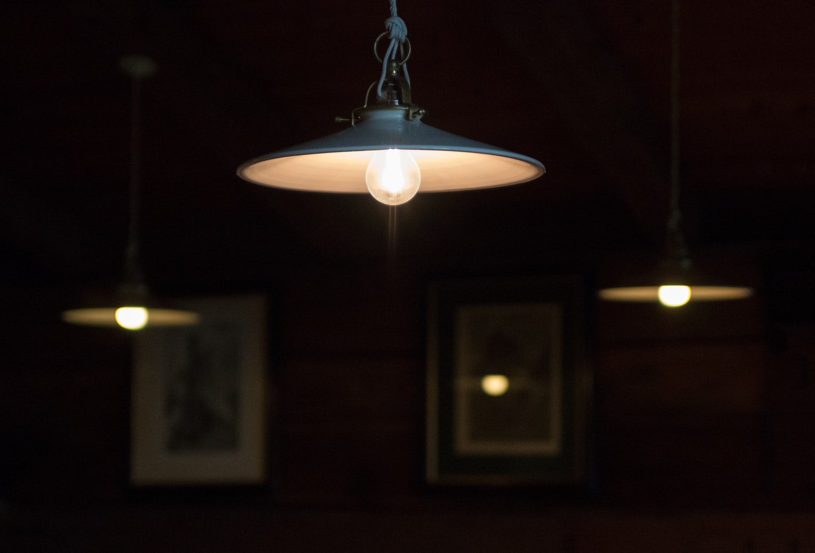 can i use an incandescent dimmer with led lights