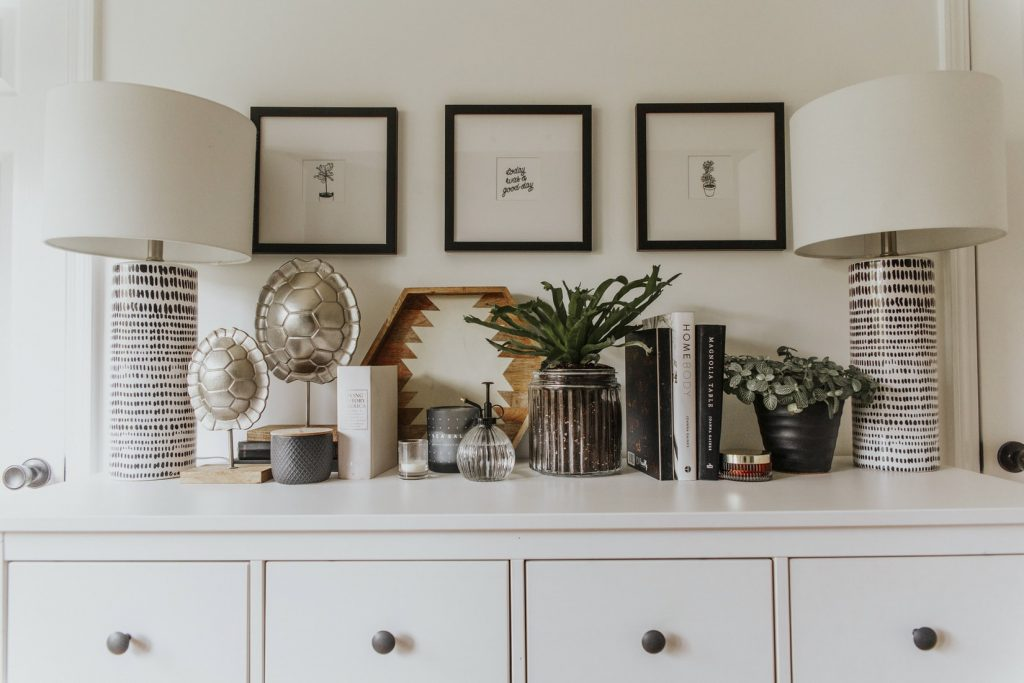how to spray paint a dresser without sanding