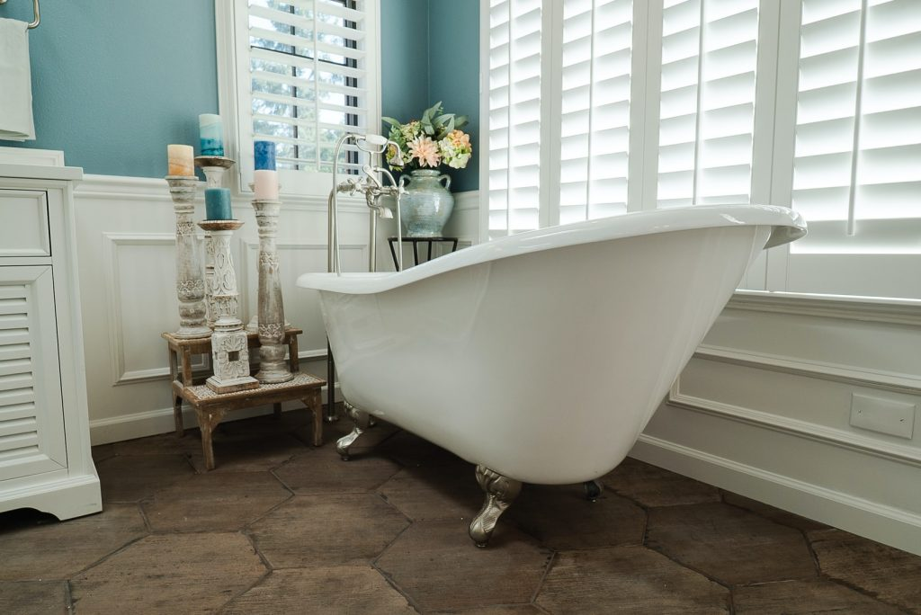 can you change the color of a fiberglass tub