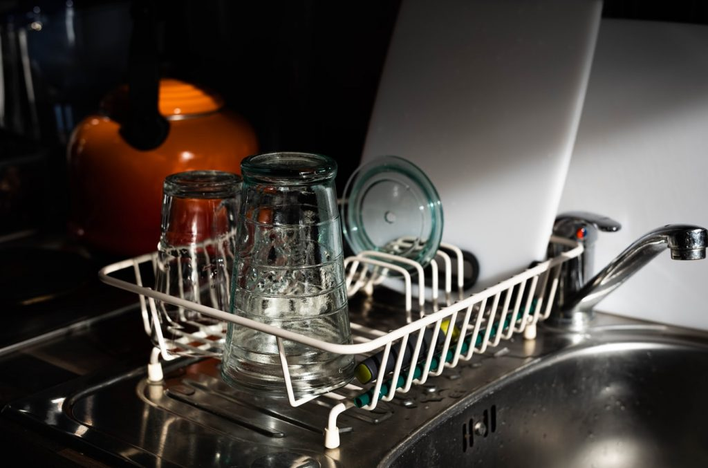 can dishwasher be transported on its side