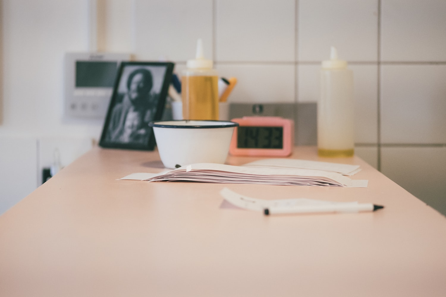are kitchen desks outdated