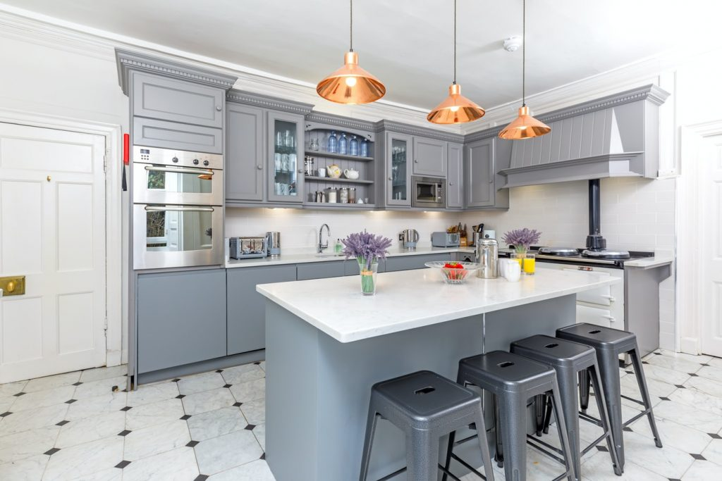 do you paint both sides of kitchen cabinet doors