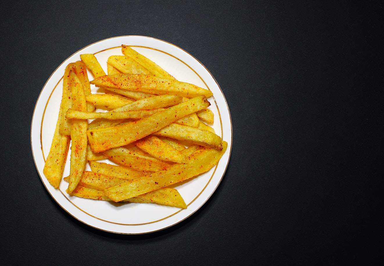 can you use aluminum pans in air fryer