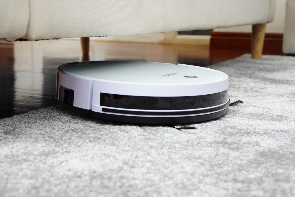 can robot vacuums go from hardwood to carpet