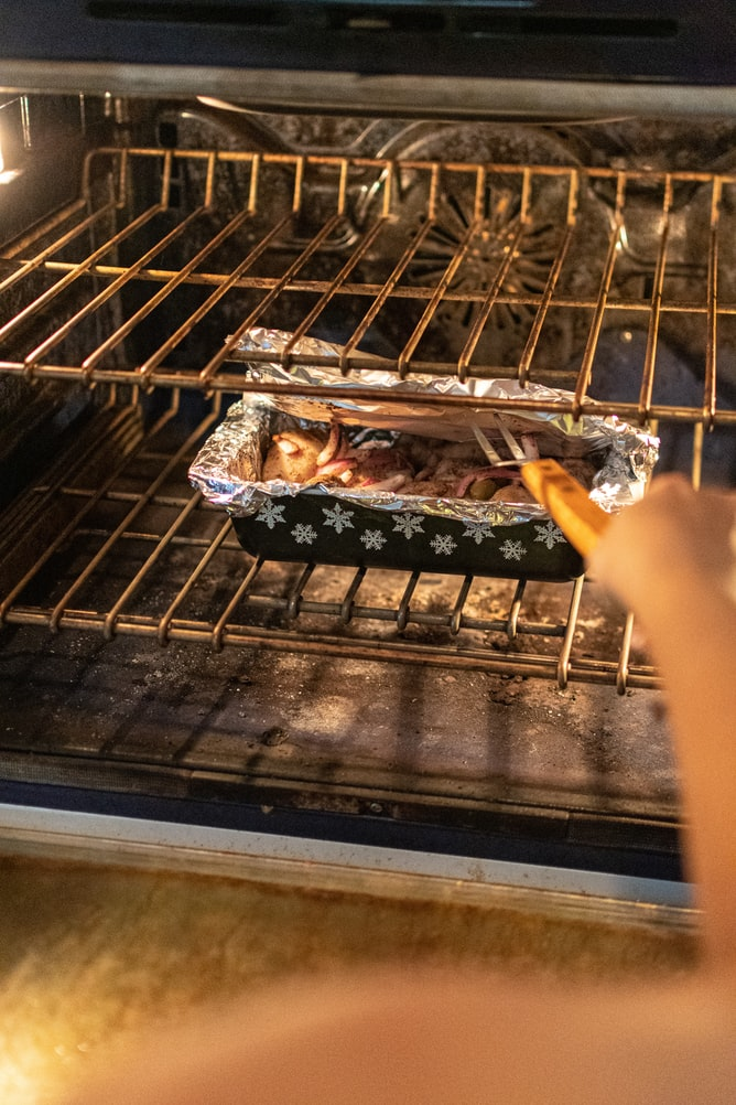 oven smells like gas when preheating
