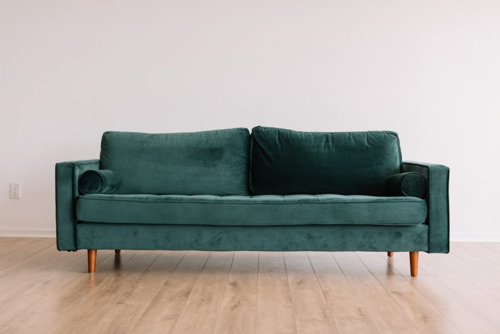 will a 40 inch wide sofa fit through a 32 inch door