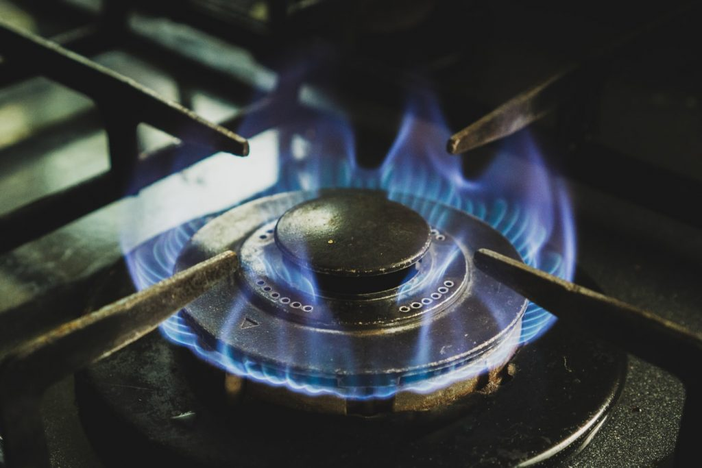 left gas oven on all night cost