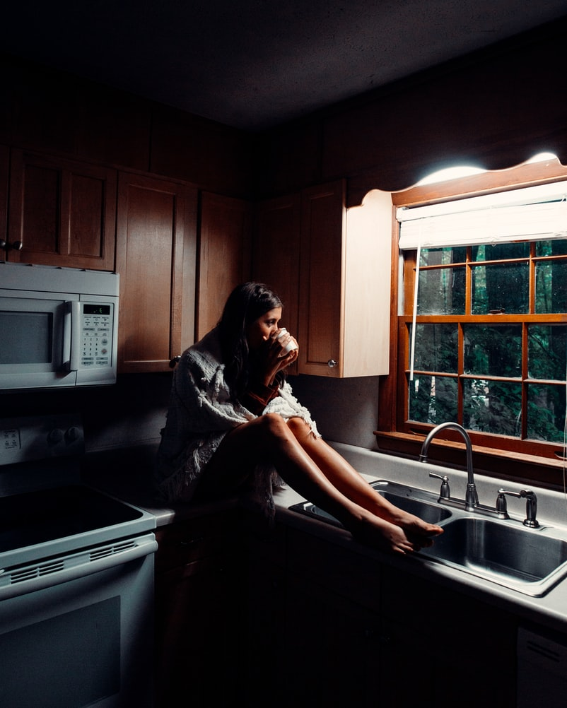is it safe to use microwave without light