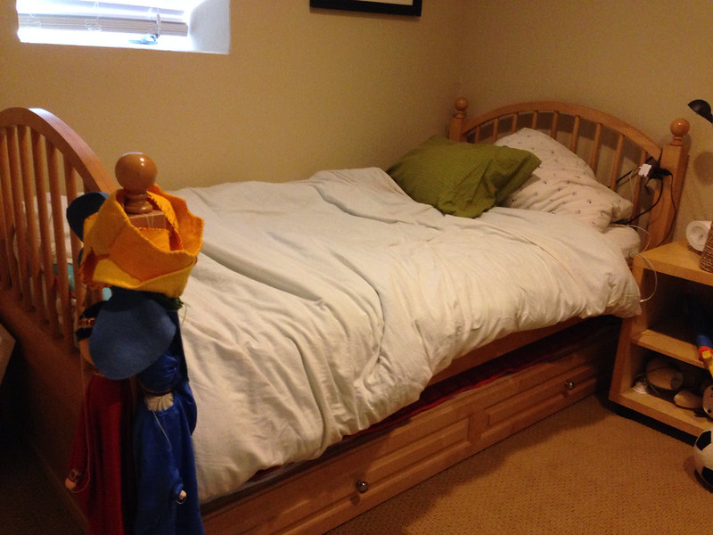 twin bed frame high enough for trundle