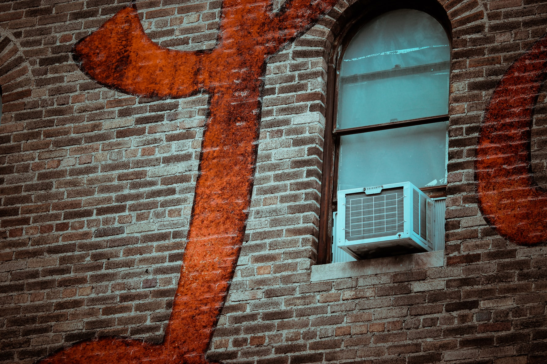 window air conditioner smells like urine