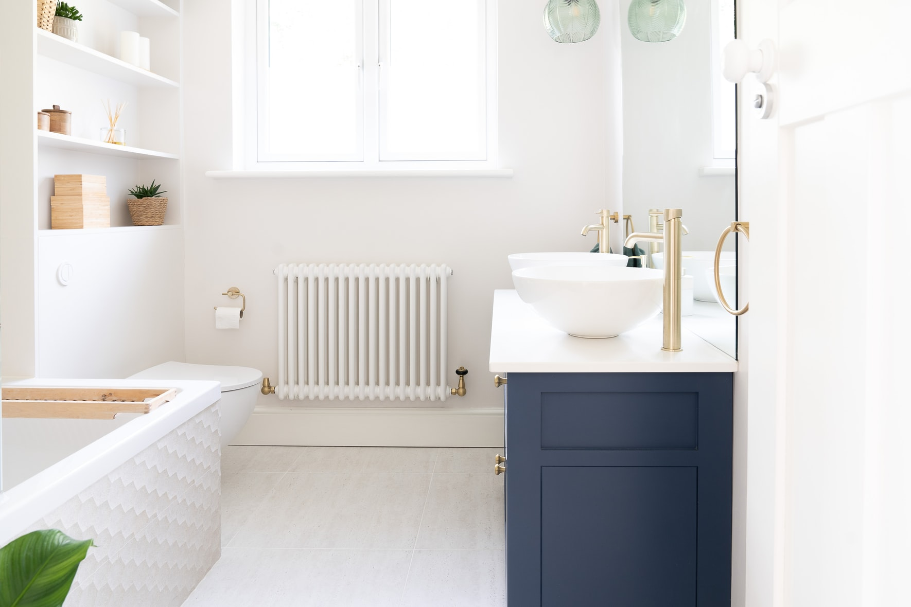 bathroom smells like paint thinner