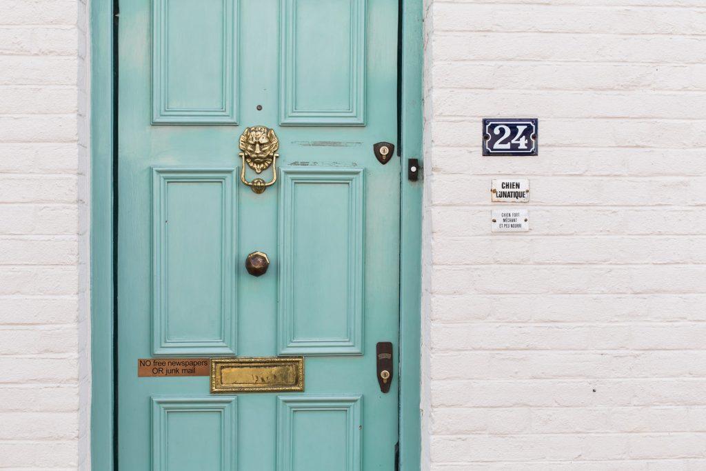 doorbell buzzing
