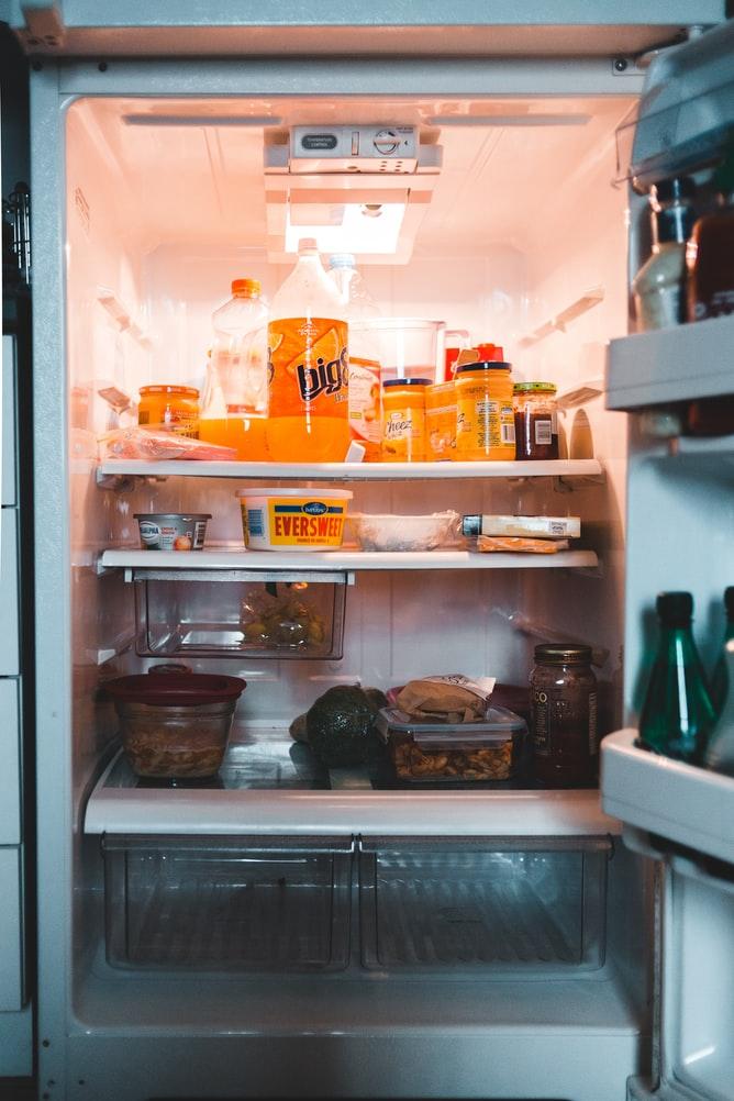 samsung fridge not cooling but light is on